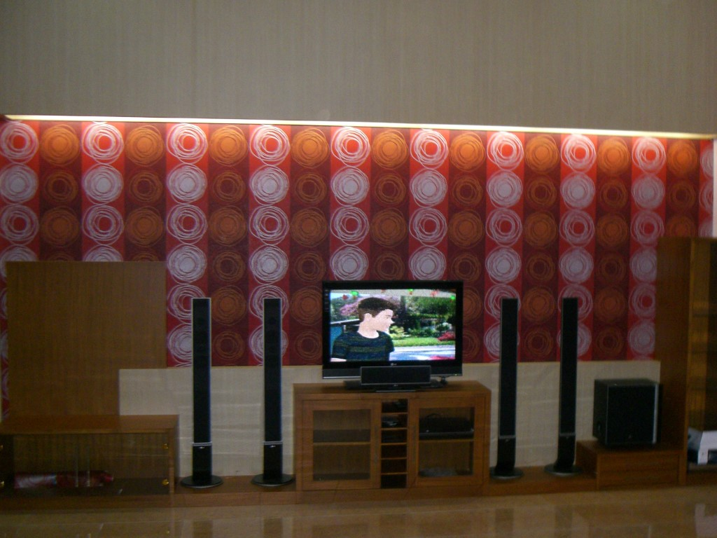 home theater display tv2
