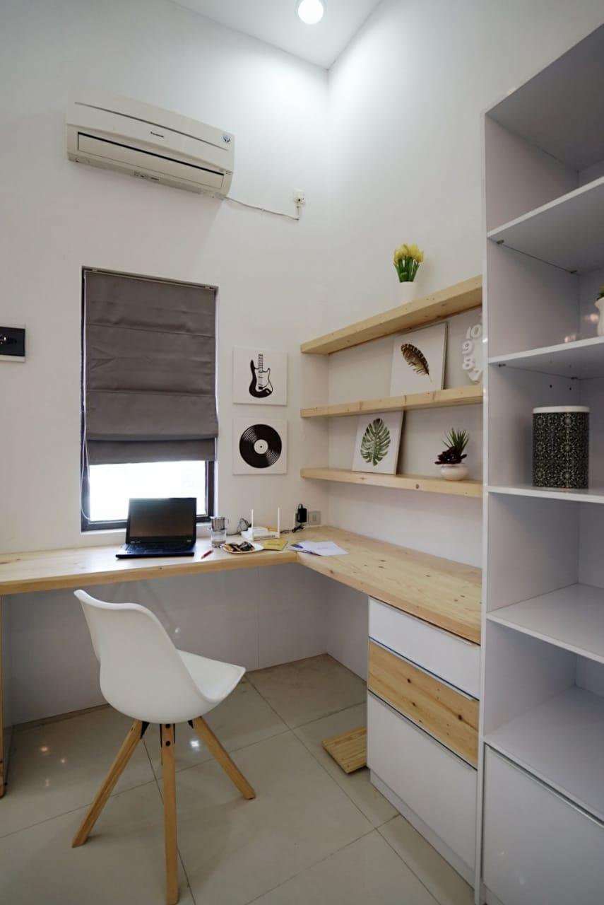 studio apartemen dalam sebuah ruko
