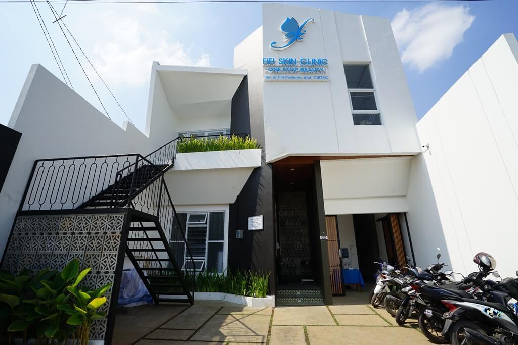 Renovasi Klinik Fifi skincare