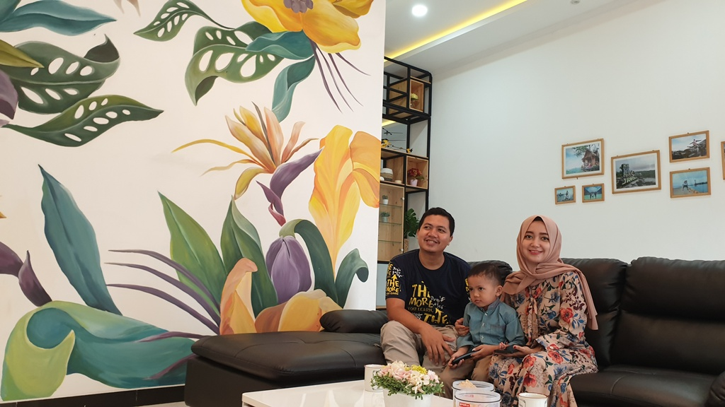 Dekorasi Mural Ruang Keluarga