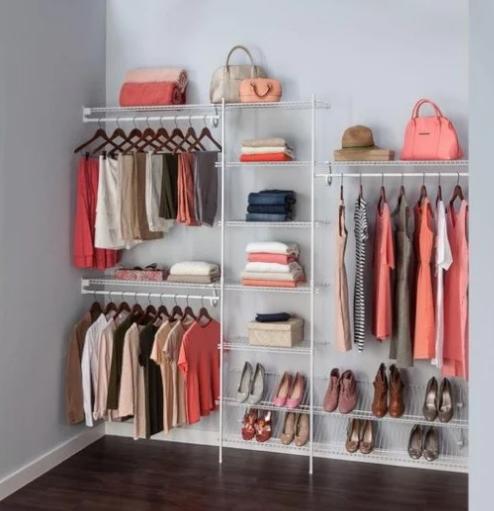 Desain interior toko baju kecil